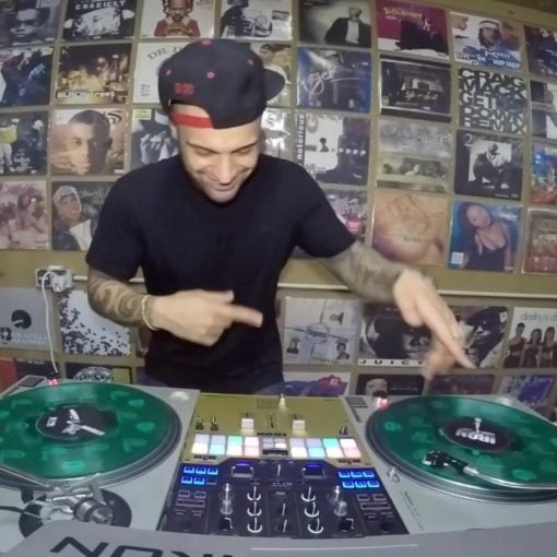 2017 Throwback with the super power  . . . . #djschool #scratchvideo #turntablis...