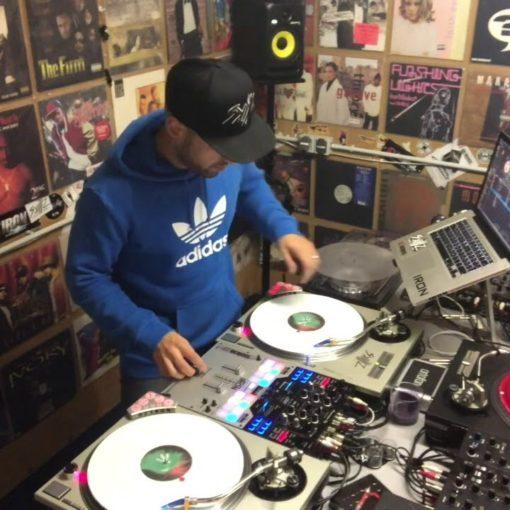 DJ IRON scrachting KKS Koos Savas