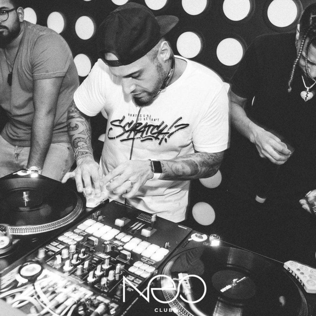 Endlich Wochenende clubbing time . . . #djlife #turntabledj #djing #seratodj  #h...