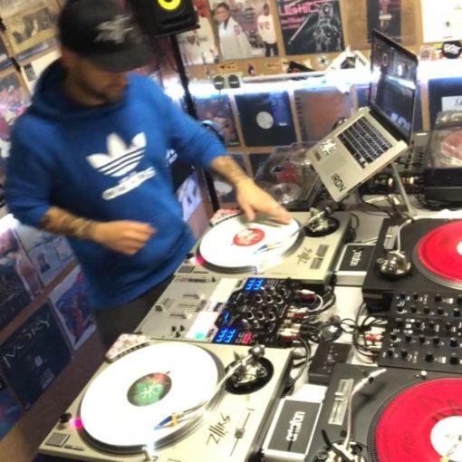 Scratchinho  . . . #djlife #turntabledj #djing #seratodj  #hamburg #music #scrat...